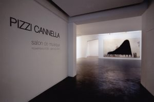 Allestimento della mostra Salon de Musique - Foto di Bruno Bruchi.